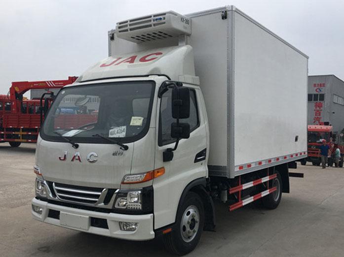 江淮骏铃V5 4.2米冷藏车