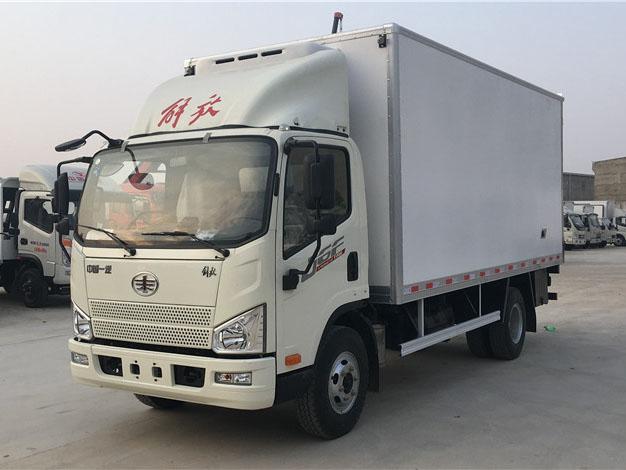 解放虎V 5.2米冷藏车
