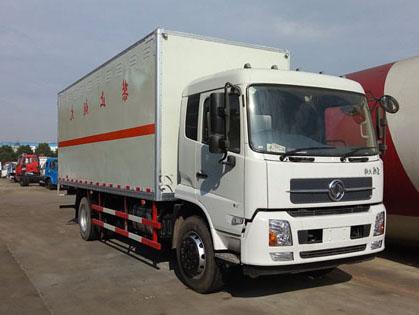 天锦6.6米(9.9吨)液体厢式车