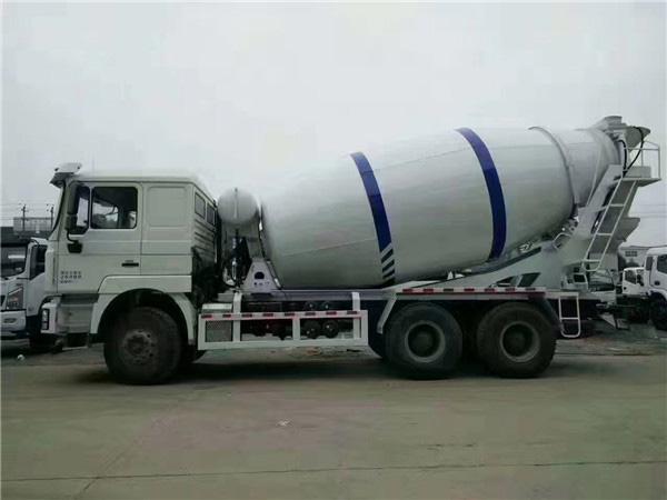 陕汽牌SX5250GJBGP5344型混凝土搅拌运输车