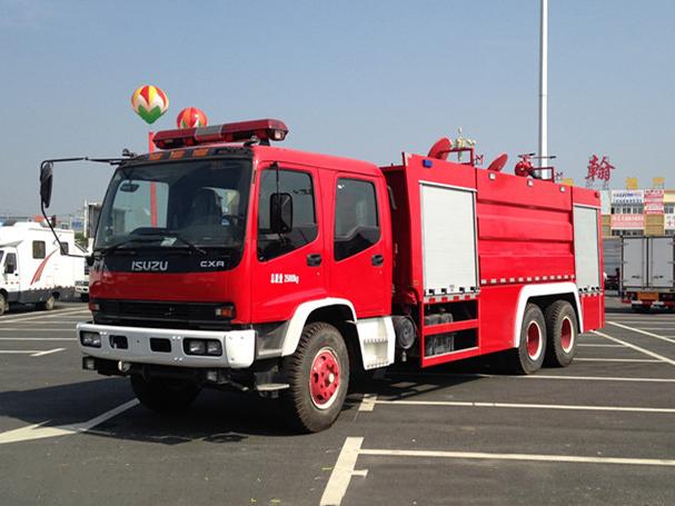 五十铃后双桥12吨水罐消防车